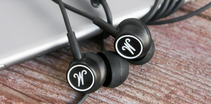 หูฟัง in ear Marshall Mode