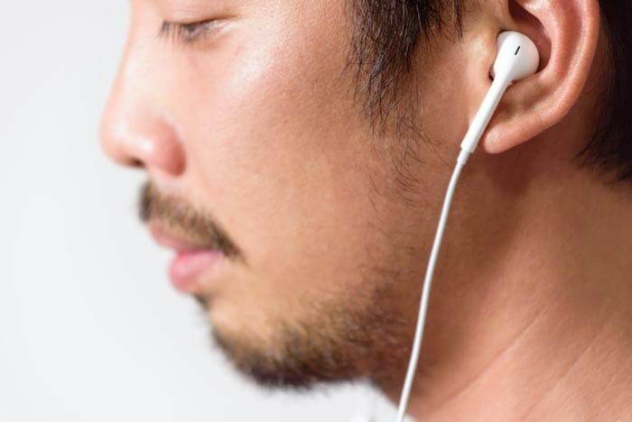ทำไมฉันถึงควรซื้อหูฟัง In Ear?