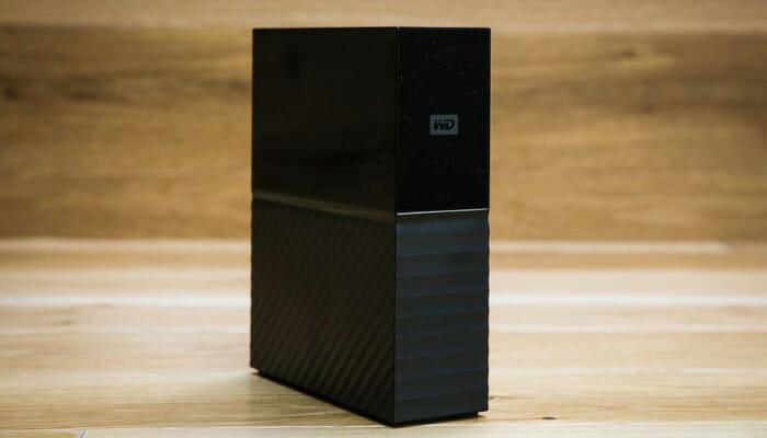 extermal-hard-disk-wd-WDBBGB0060HBK-black-upright