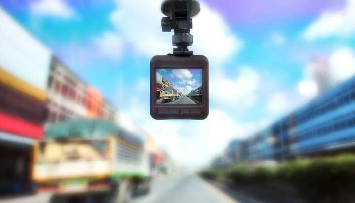 กล้องติดรถยนต์ยี่ห้อไหนดีในปี 2018?