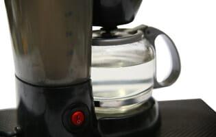 วิธีทำความสะอาดเครื่องชงกาแฟ
