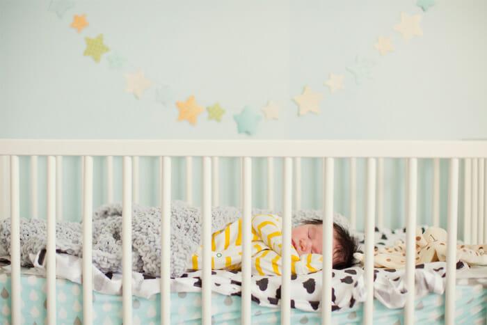 เตียงนอนเด็กเล็ก ยี่ห้อไหนดี